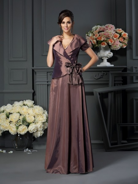 A-Line/Princess Short Sleeves Bowknot Floor-Length V-neck Taffeta Mother of the Bride Dresses
