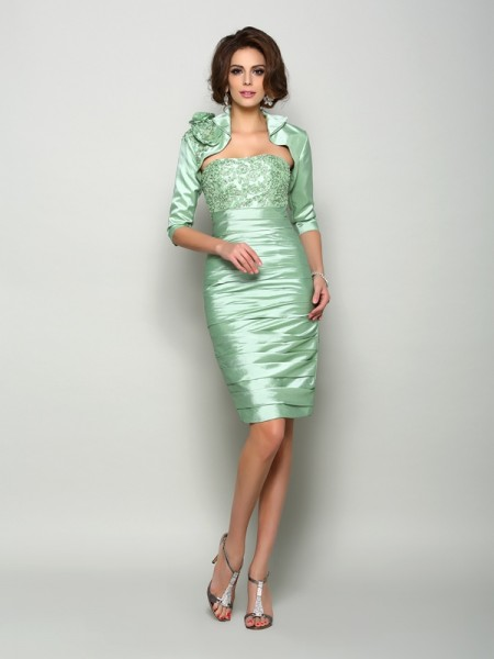 Sheath/Column Sleeveless Knee-Length Strapless Taffeta Mother of the Bride Dresses