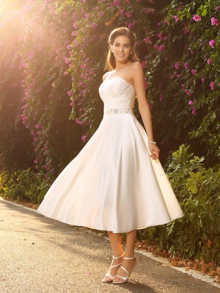 A-Line/Princess Sleeveless Tea-Length Beading Satin Sweetheart Wedding Dresses