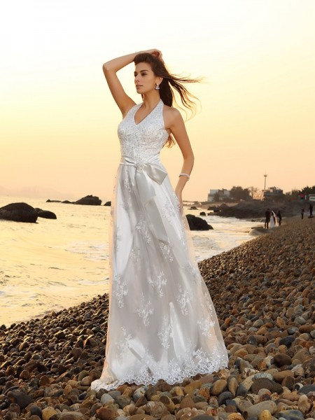 A-Line/Princess Sleeveless Chapel Train Sash/Ribbon/Belt Lace Halter Wedding Dresses