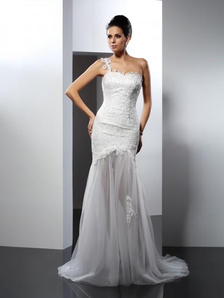 Trumpet/Mermaid Sleeveless Chapel Train Lace Lace One-Shoulder Wedding Dresses