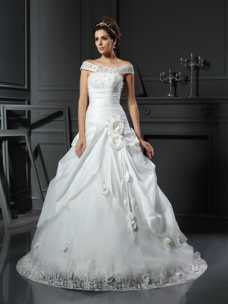 Ball Gown Sleeveless Chapel Train Hand-Made Flower Satin Off-the-Shoulder Wedding Dresses