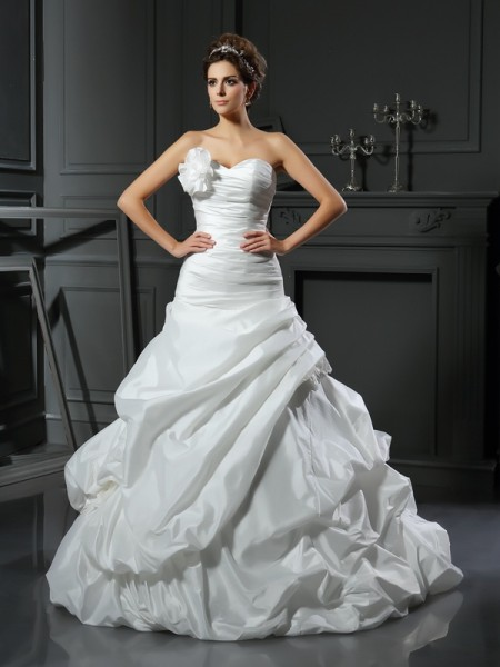 Ball Gown Sleeveless Cathedral Train Hand-Made Flower Satin Sweetheart Wedding Dresses