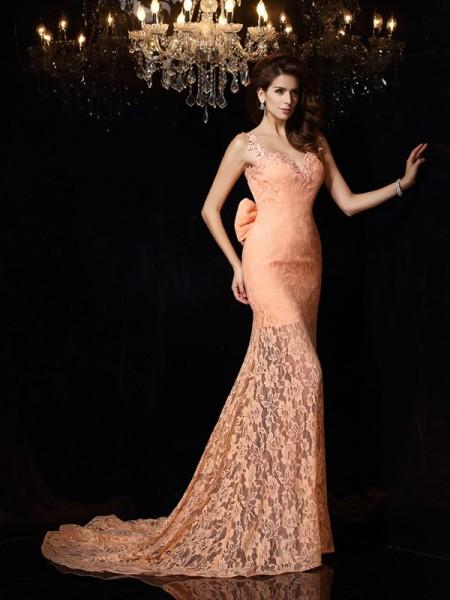 Sheath/Column Sleeveless Court Train Lace Satin Straps Dresses