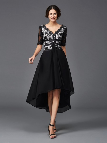 A-Line/Princess Lace Asymmetrical V-neck 1/2 Sleeves Chiffon Cocktail Dresses
