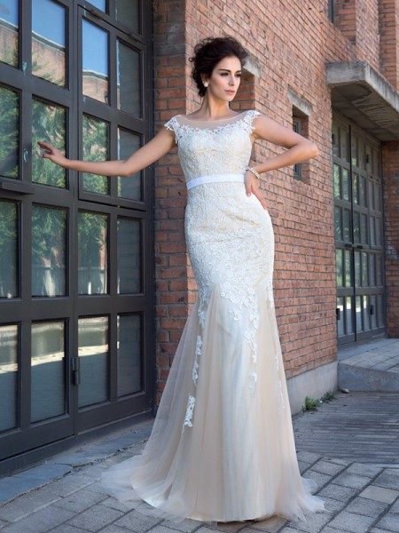 Trumpet/Mermaid Applique Sweep/Brush Train Sheer Neck Short Sleeves Net Dresses