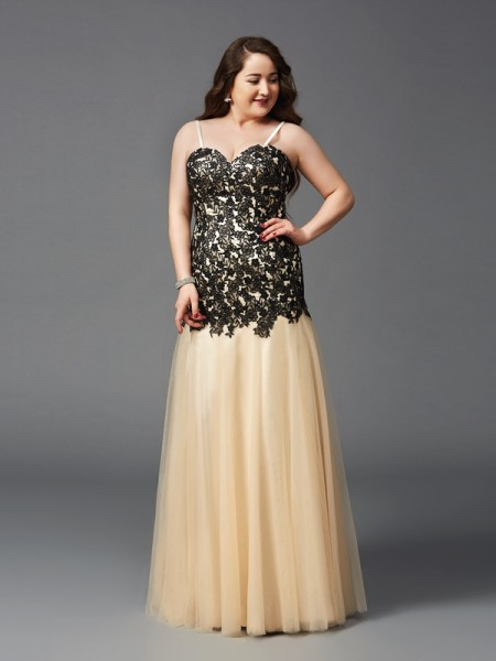 Sheath/Column Applique Floor-Length Spaghetti Straps Sleeveless Net Dresses