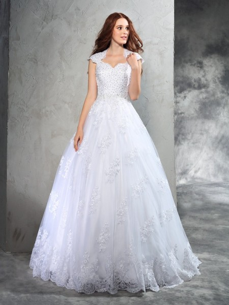 Ball Gown Lace Court Train Sweetheart Sleeveless Organza Wedding Dresses