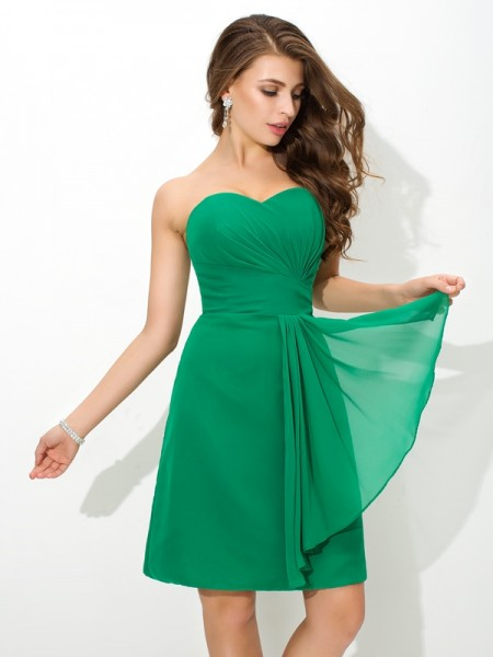 Sheath/Column Pleats Short/Mini Sweetheart Sleeveless Chiffon Bridesmaid Dresses