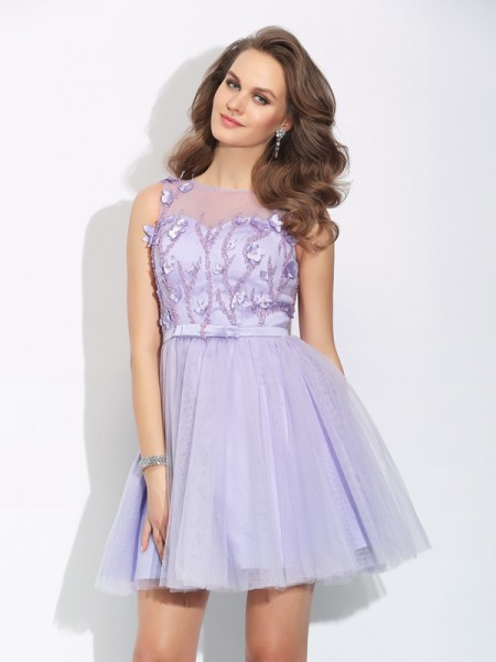 A-Line/Princess Applique Short/Mini Bateau Sleeveless Satin Cocktail Dresses
