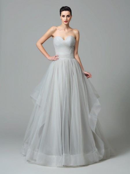 A-Line/Princess Layers Sweep/Brush Train Sweetheart Sleeveless Net Dresses