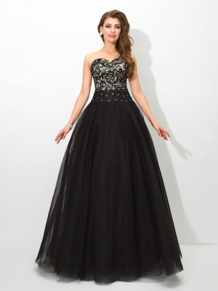 Ball Gown Lace Floor-Length Sweetheart Sleeveless Net Dresses