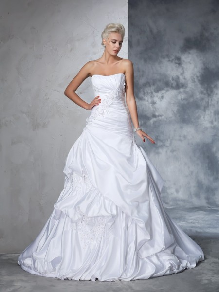 Ball Gown Applique Chapel Train Strapless Sleeveless Satin Wedding Dresses