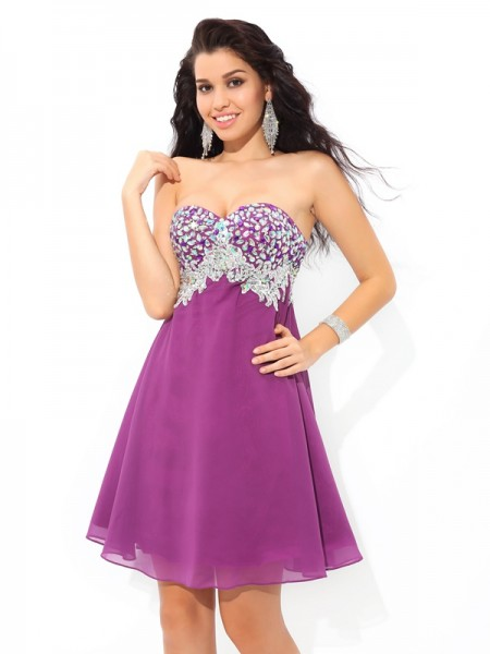 A-Line/Princess Rhinestone Short/Mini Sweetheart Sleeveless Chiffon Cocktail Dresses