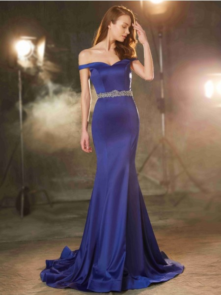 Trumpet/Mermaid Off-the-Shoulder Sleeveless Satin Sweep/Brush Train Crystal Dresses