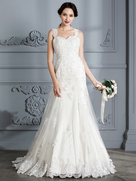 Trumpet/Mermaid Court Train Sweetheart Sleeveless Ivory Lace Wedding Dresses