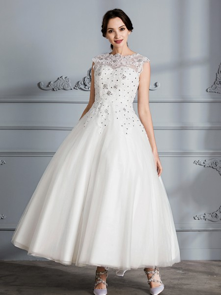Ball Gown Tea-Length Scoop Sleeveless Ivory Tulle Wedding Dresses
