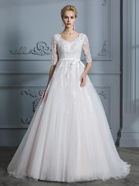 Ball Gown Court Train V-neck 1/2 Sleeves Ivory Tulle Wedding Dresses