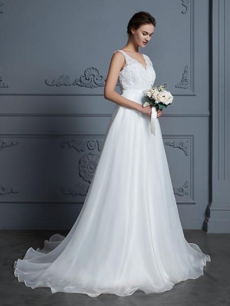 A-Line/Princess Lace Floor-Length V-neck Sleeveless Chiffon Wedding Dresses