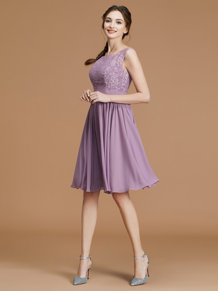 A-Line/Princess Lace Sleeveless Short/Mini Chiffon Bateau Bridesmaid Dresses