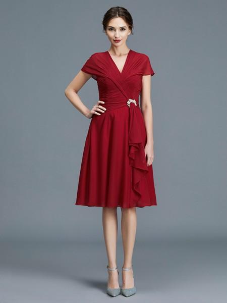 A-Line/Princess Knee-Length V-neck Sleeveless Burgundy Chiffon Mother of the Bride Dresses