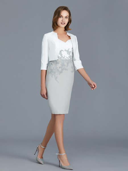 Sheath/Column Chiffon V-neck Knee-Length Ruffles 1/2 Sleeves Mother of the Bride Dresses