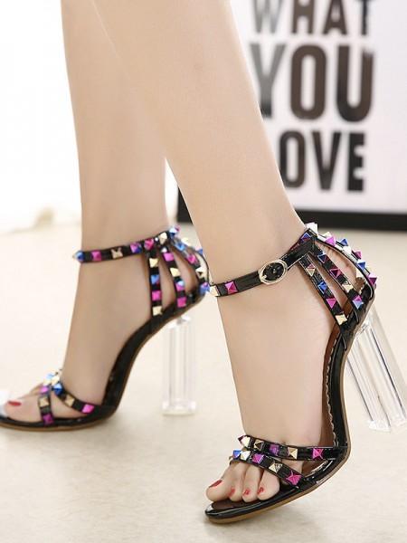 Ladies Patent Leather Peep Toe Chunky Heel With Rivet Sandals