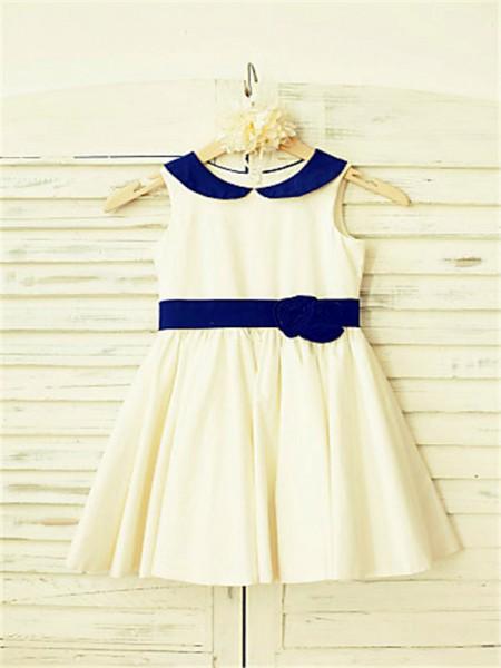 A-Line/Princess Tea-Length Hand-Made Flower Scoop Sleeveless Satin Flower Girl Dress