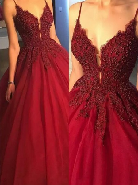 Ball Gown Spaghetti Straps Tulle Sweep/Brush Train Sleeveless Dresses