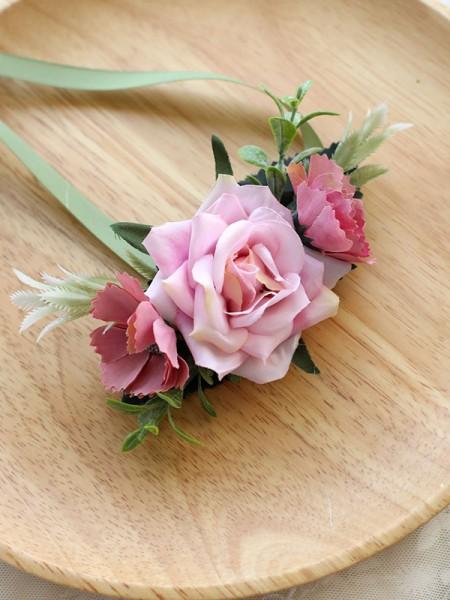 Beautiful Bridal Hand-tied Cloth Wrist Corsage