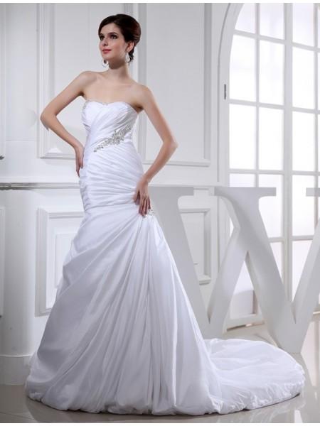 Trumpet/Mermaid Beading Applique Taffeta Sleeveless Chapel Train Strapless Wedding Dresses
