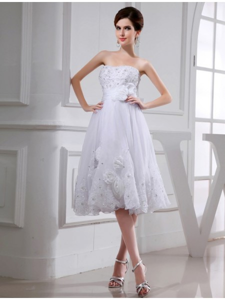A-Line/Princess Beading Applique Taffeta Organza Sleeveless Knee-Length Strapless Wedding Dresses