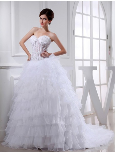 Ball Gown Beading Applique Organza Sleeveless Chapel Train Sweetheart Wedding Dresses