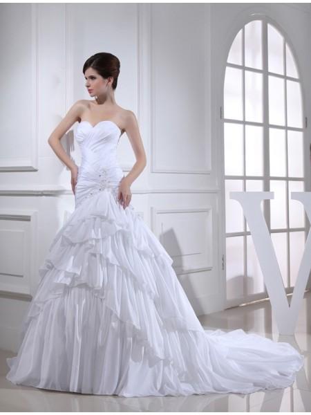 Trumpet/Mermaid Beading Applique Taffeta Sleeveless Chapel Train Sweetheart Wedding Dresses
