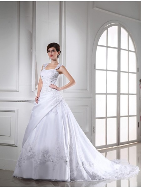 Ball Gown Beading Applique Organza Satin Sleeveless Chapel Train Strapless Wedding Dresses
