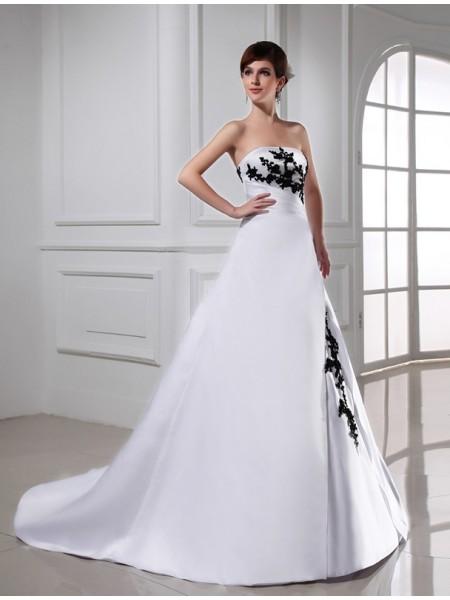 A-Line/Princess Beading Applique Satin Sleeveless Chapel Train Strapless Wedding Dresses