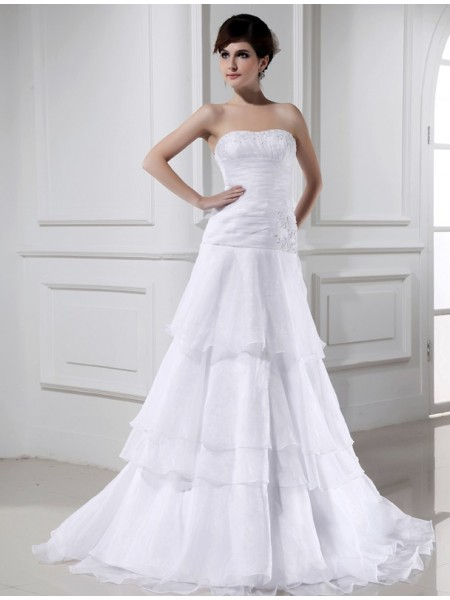 A-Line/Princess Beading Applique Organza Sleeveless Court Train Strapless Wedding Dresses
