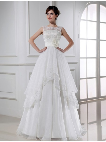A-Line/Princess Hand-Made Flower Beading Lace Organza Lace Sleeveless Floor-Length High Neck Wedding Dresses