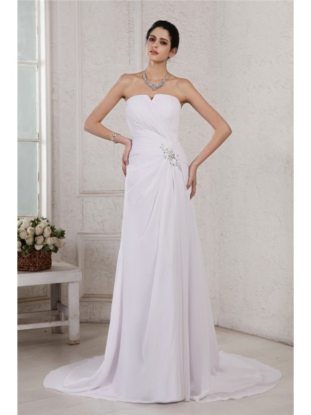 Sheath/Column Pleats Beading Applique Chiffon Sleeveless Court Train Strapless Wedding Dresses