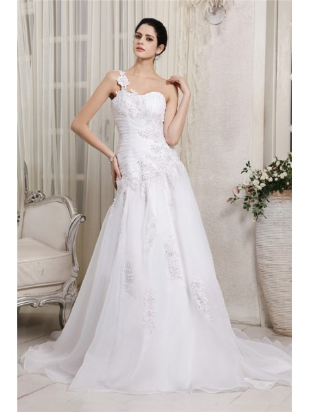 A-Line/Princess Beading Applique Organza Sleeveless Chapel Train One-Shoulder Wedding Dresses