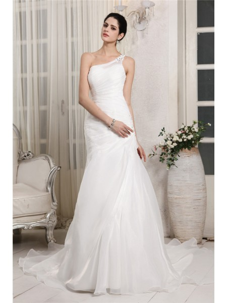 Trumpet/Mermaid Beading Applique Organza Sleeveless Chapel Train One-Shoulder Wedding Dresses