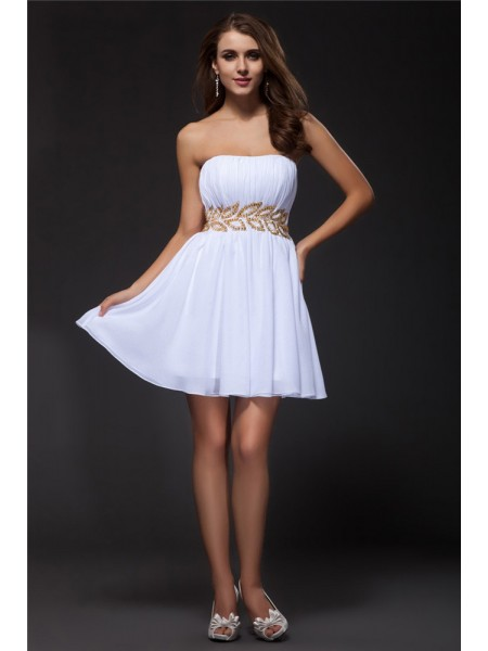 A-Line/Princess Beading Chiffon Sleeveless Short/Mini Strapless Short Cocktail Dresses