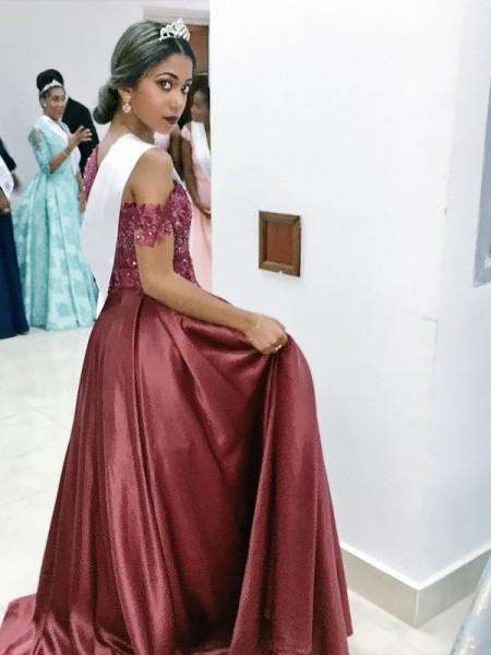 A-Line/Princess Off-the-Shoulder Satin Applique Floor-Length Dress