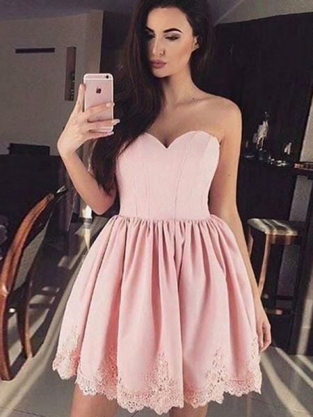 A-Line/Princess Sweetheart Satin Short/Mini Dress with Lace