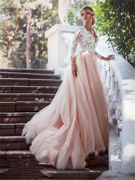 Ball Gown Court Train Applique V-neck Long Sleeves Tulle Wedding Dresses