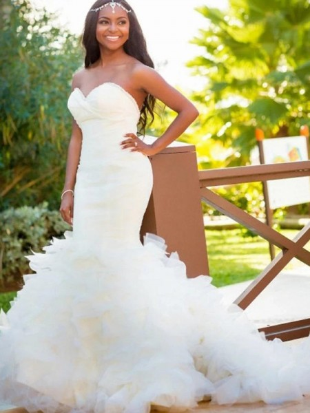 Trumpet/Mermaid Organza Sweetheart Sleeveless Court Train White Wedding Dresses