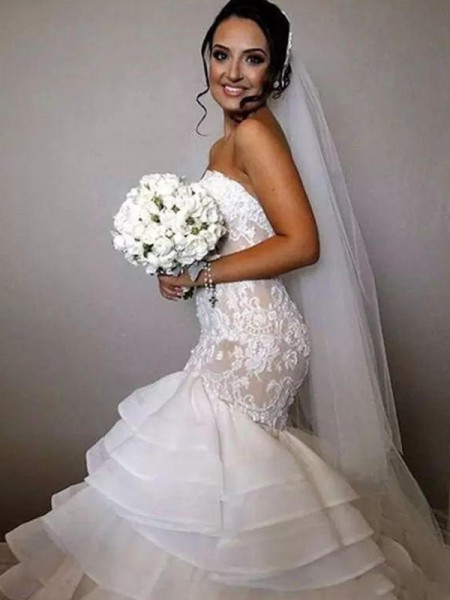 Trumpet/Mermaid Organza Ruffles Sweetheart Sleeveless Chapel Train Ivory Wedding Dresses