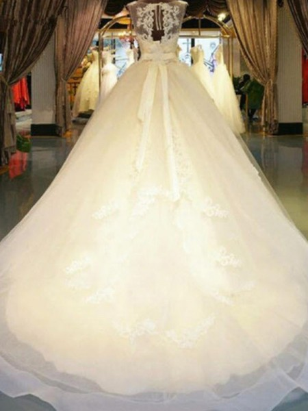 Ball Gown Lace Beading Off-the-Shoulder Sleeveless Sweep/Brush Train Ivory Wedding Dresses