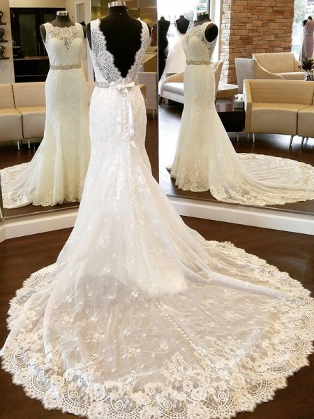 Sheath/Column Lace Bowknot Scoop Sleeveless Chapel Train Ivory Wedding Dresses