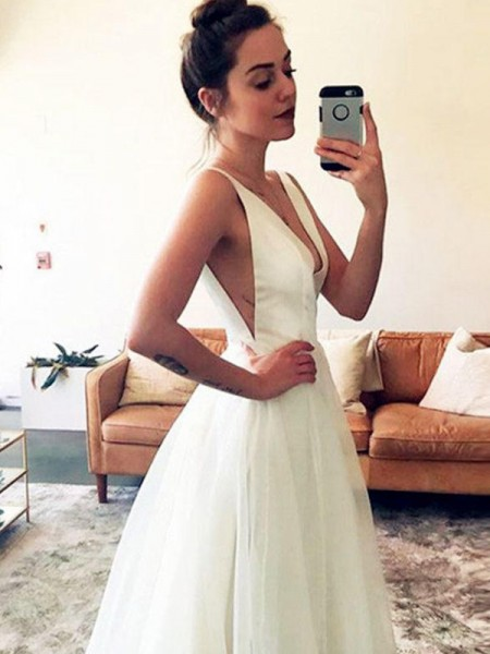 A-Line/Princess Tulle Ruched V-neck Sleeveless Sweep/Brush Train White Wedding Dresses